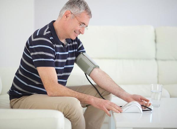 بررسی فشار خون