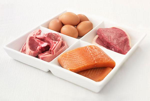 گوشت و تخم مرغ