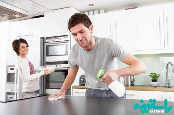 کمک در کار خانه