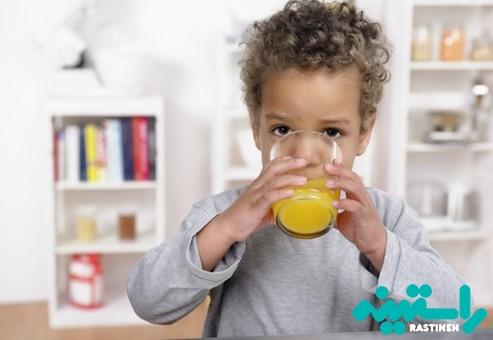 آبمیوه نوشیدن کودک