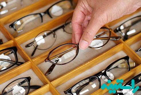 تغییر مکرر عینک و یا لنز