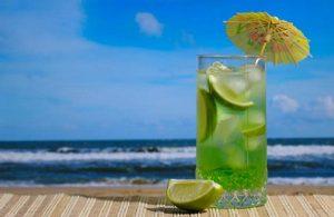 آب میوه در گرمای تابستان