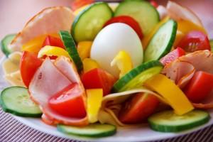 demantia foods 300x200 8 خوراکی برای پیشگیری از آلزایمر یا زوال عقل