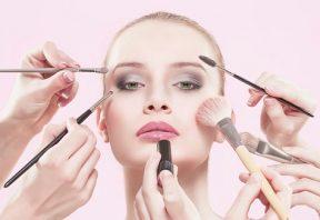 پوستتان را به لوازم آرایشی عادت ندهی