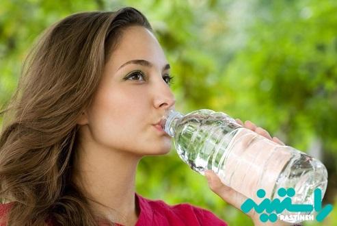 آبهای بطری های پلاستیکی