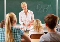 آموزش جنسی به کودکان