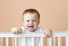 فرار بچه از خواب بعد از ظهر