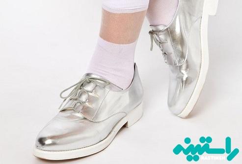 کفش با جوراب