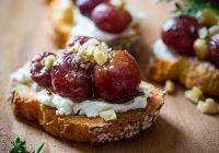 انگور قرمز کبابی با عسل و آویشن