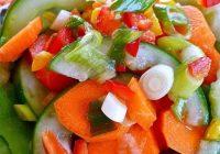 طرز تهیه سالاد خیار و هویج