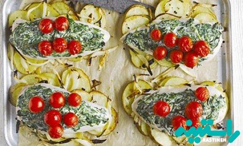 مرغ ایتالیایی با پنیر خامهای و اسفناج
