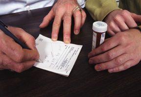 نقش پزشکان در اپیدمی مصرف مواد مخدر