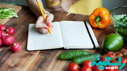 غذاهایی که کمک می کنند تا آهسته غذا بخورید