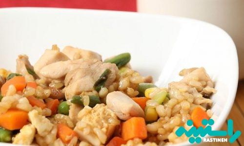 برنج سرخشده با مرغ