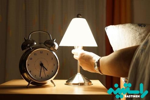 خوابیدن با چراغ روشن