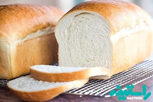 قسمت بالای نان را جدا کنید