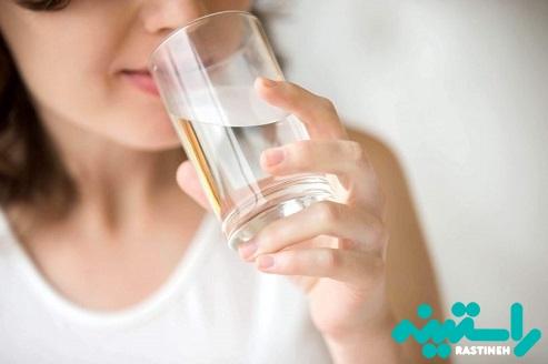 نوشیدن ۸ لیوان آب در روز