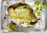 ماهی بخارپز با زنجبیل و پیازچه