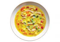 سوپ مرغ و نخود زردچوبهای
