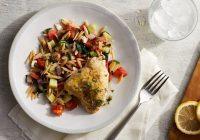 مرغ مدیترانهای با سالاد پاستای اُرزو
