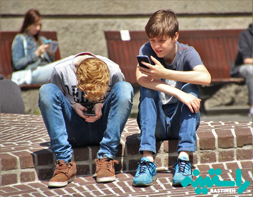 زمان استفاده از صفحه نمایش و نوجوانان